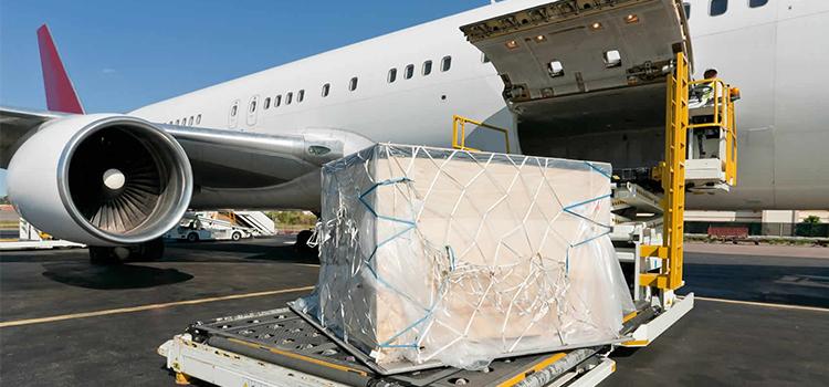 transporte aereo de mercancias peligrosas 1